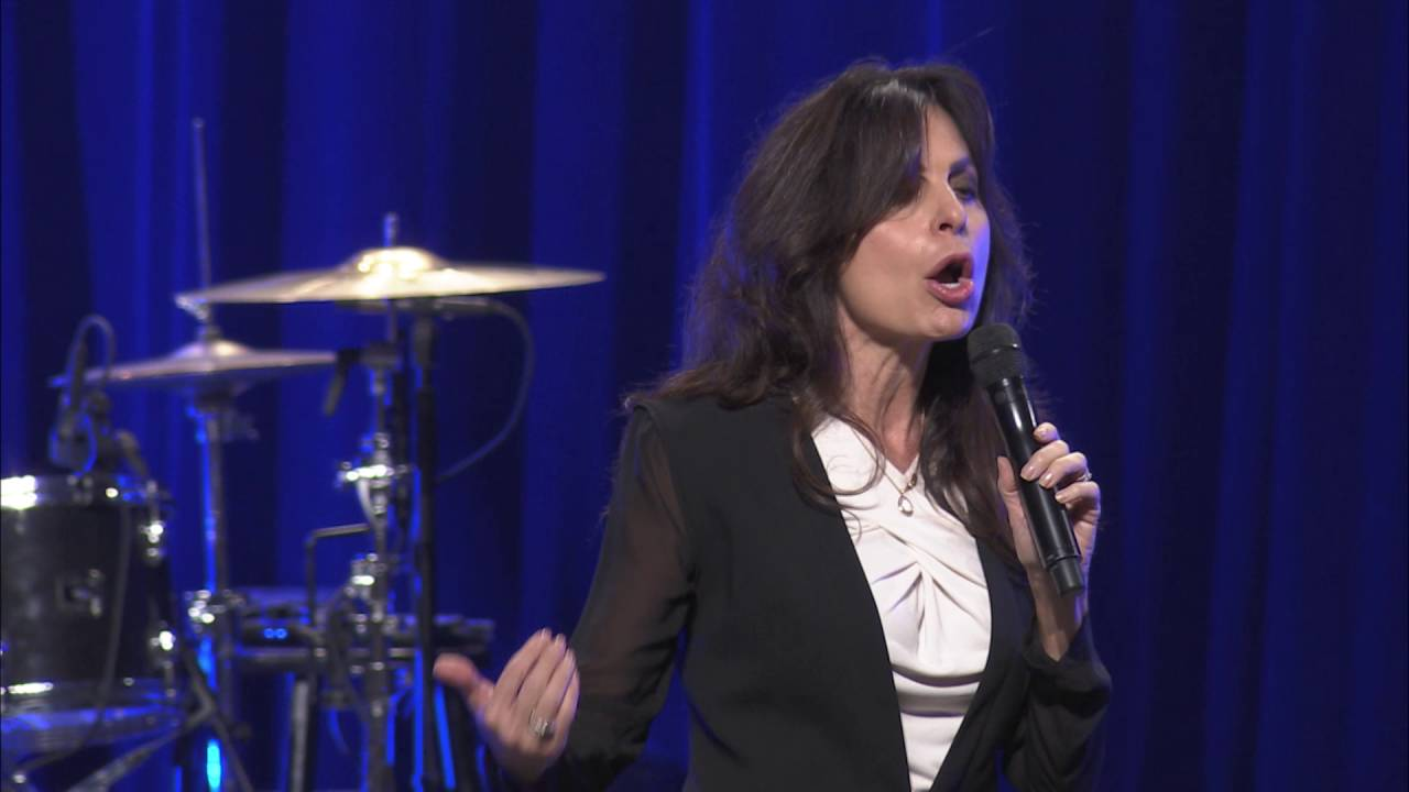 lisa bevere youtube