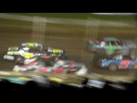 Stock Car Amain @ Upper Iowa Speedway 05/29/16