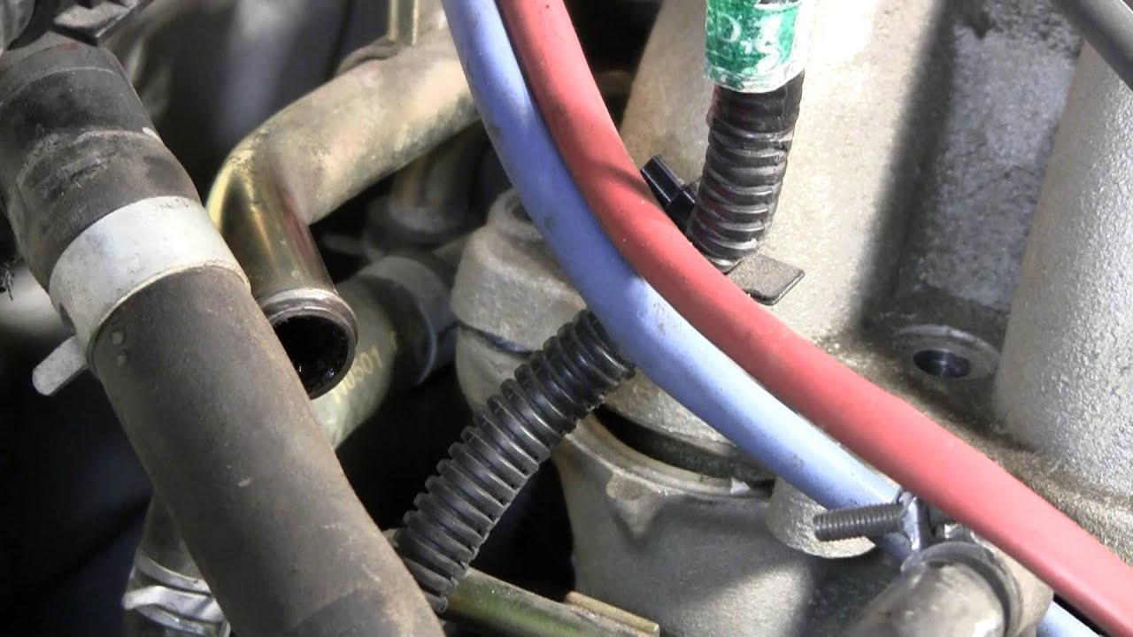 2002 Nissan Xterra VG33E Rebuild Step by Step Part 23 - Upper Intake  Coolant Hose Problems