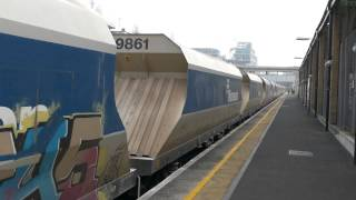 Freight Trains at Kensington Olympia 17 March 2015(, 2015-03-17T22:41:53.000Z)