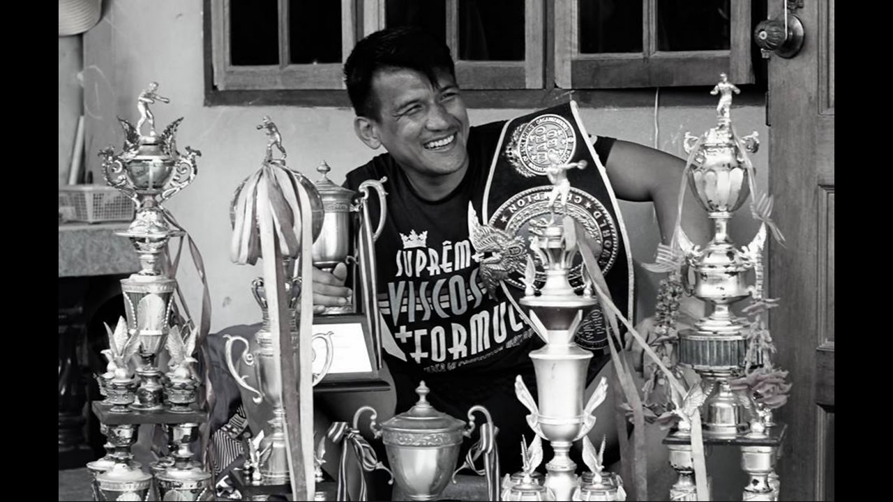 The Top 10 Fighters in Muay Thai History - Muay Thai