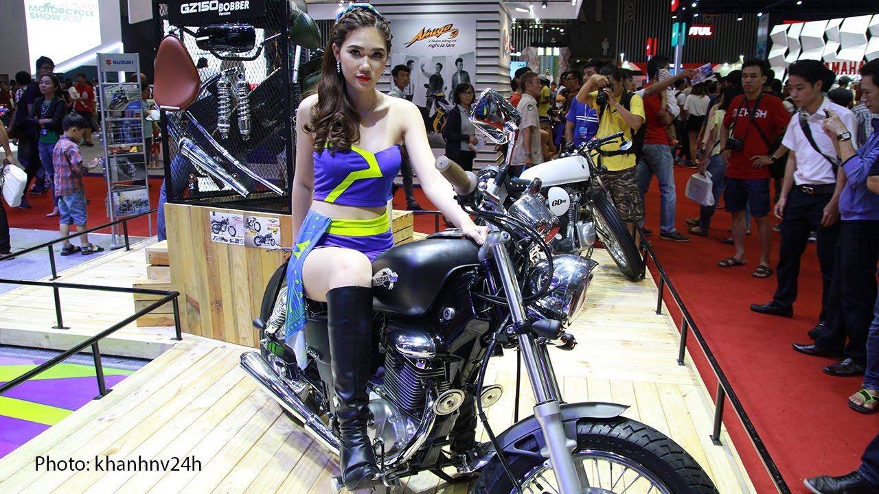 naked girls on motocycle