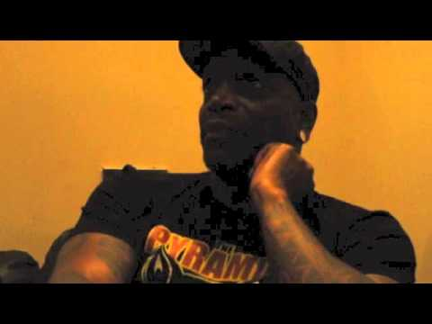 SEPULTURA's Derrick Green On 30th Anniversary Tour, SOULFLY Music & Upcoming New Album (2015)