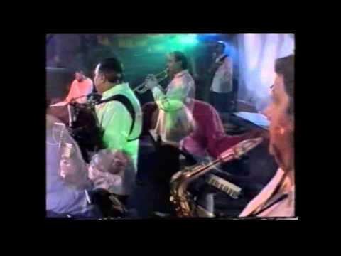 Saban Bajramovic - Kerta mange daje - Napravi mi majko - (LIVE 1995)