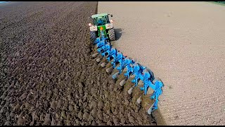Repeat youtube video Ploughing w/ John Deere 8360R & 9 furrow Lemken Diamant 12 | ERF B.V. | Pflügen
