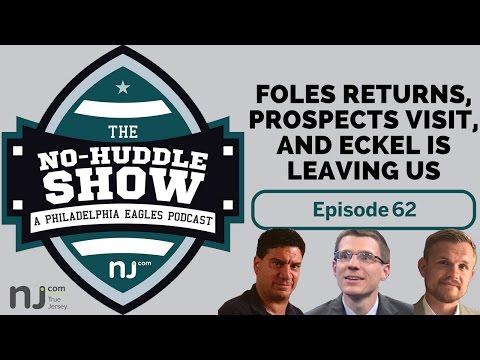 Eagles sign Nick Foles and host Leonard Fournette