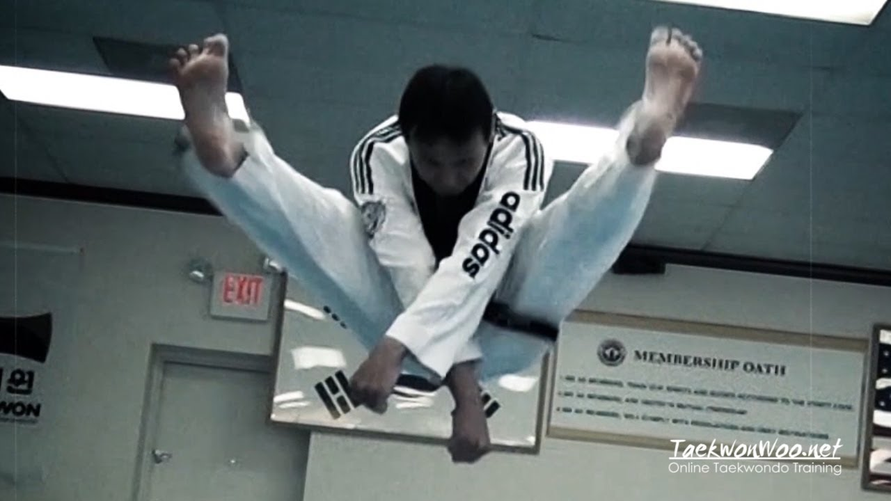 Taekwondo Double Split Front Kick Taekwonwoo Youtube