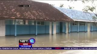 Banjir Setinggi 1,5 Meter terjadi di Karawang - NET 12
