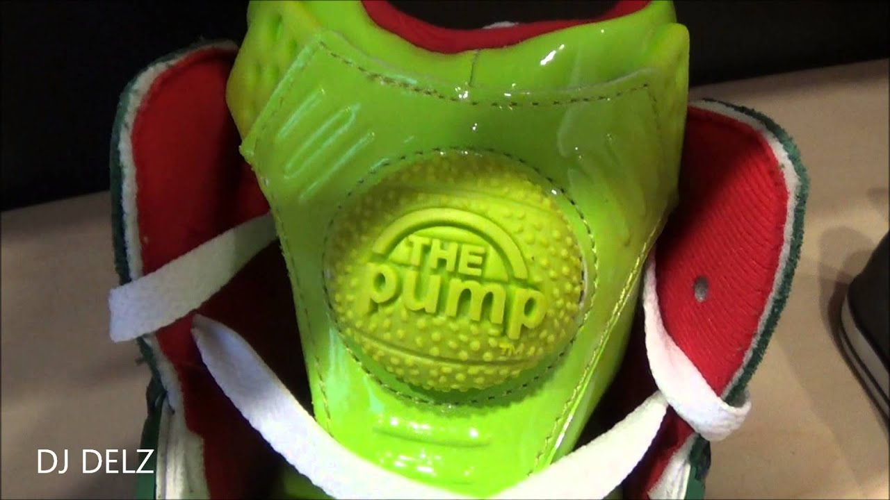 10cb05c9237668 Reebok Shaq Attaq Ghost Of Christmas Presents Sneaker Review With Dj Delz -  YouTube