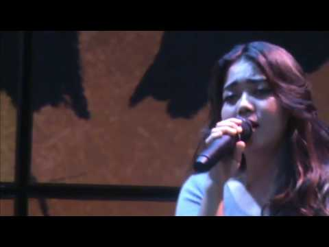 Yellow – Coldplay, Cover Song By Lia Magdalena With Glassymusic