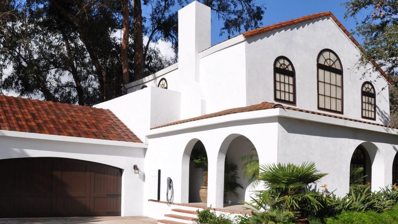 Tesla new roof