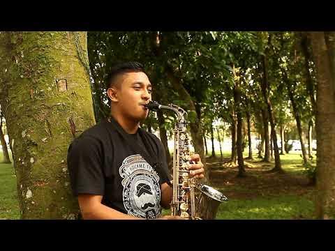 Boy Bearon - Mantan terindah cover saxophone. (short cover)
