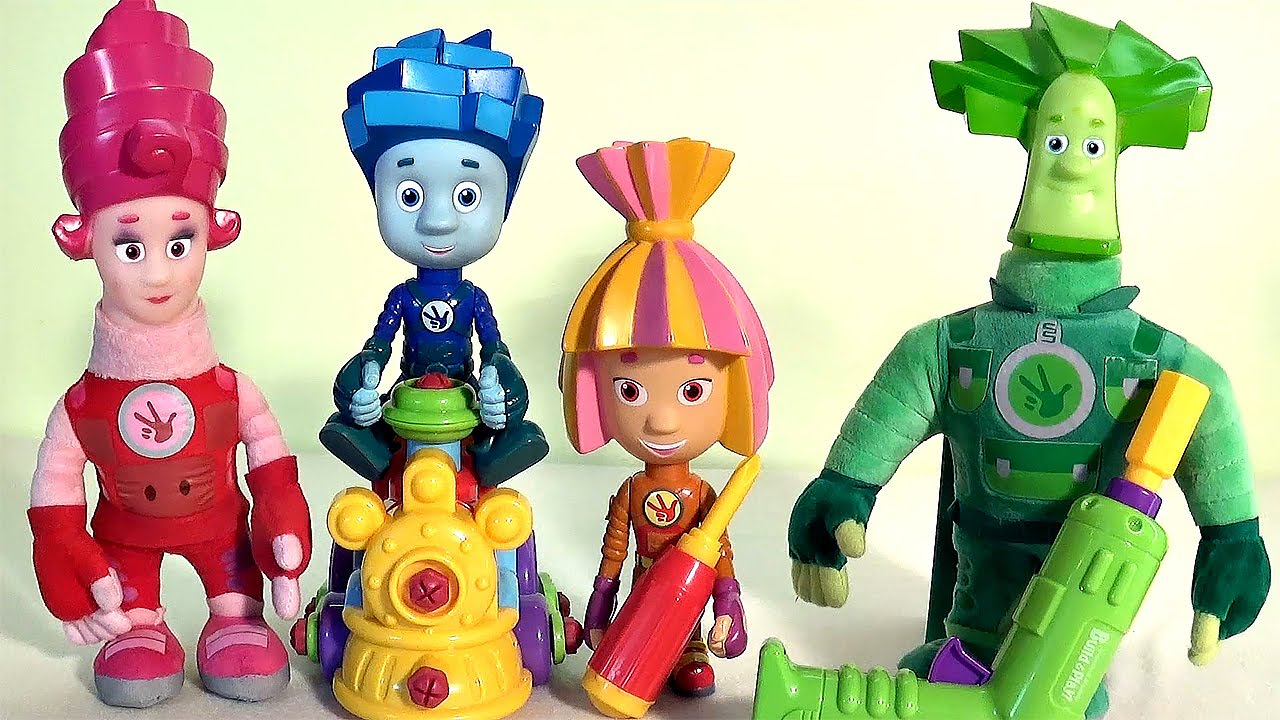 Мягкая игрушка, изображающая генку из мультфильма