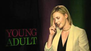 Charlize Theron Loves Taco Bell, Invention Of Double Decker Taco, Patton Oswalt - Young Adult