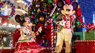 Mickey's Once Upon A Christmastime Parade at Very Merry Christmas Party 2019 -  Walt Disney World