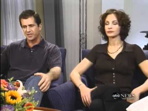 Julia Roberts & Mel Gibson Conspiracy Theory Interview