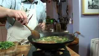 How To Make  Thai Hot And Sour Soup With Chicken (tom Yum Gai Or Tom Yam Kai) David Dartmouth Uk