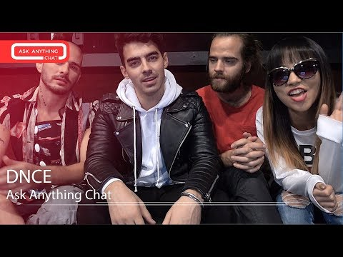 DNCE Joe Jonas Introduces The Band On Saturday Night Online w/ Romeo - AskAnythingChat