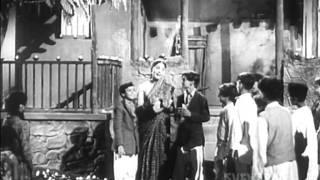 Promo - Ab Dilli Dur Nahin