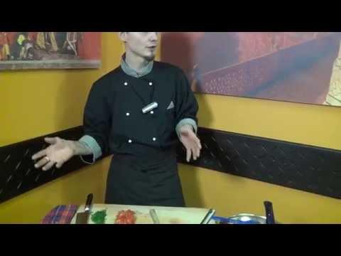 Голый повар - мясной ресторан с открытой кухней: стейки