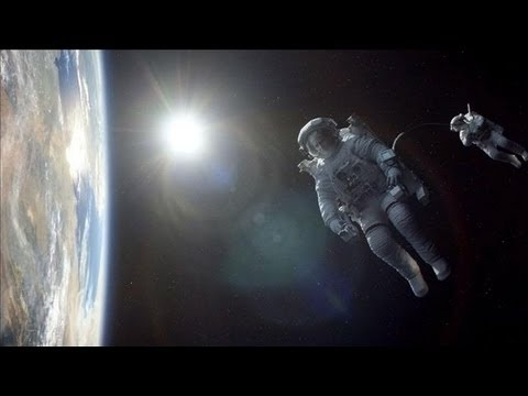"'Gravity"" Review:' There's Never Been a Film Like 'Gravity'"