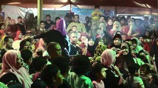 Video Cinta Gila (LIVE) by Ramlah Ram (Pameran Selangor Ria) download MP3, 3GP, MP4, WEBM, AVI, FLV Oktober 2017