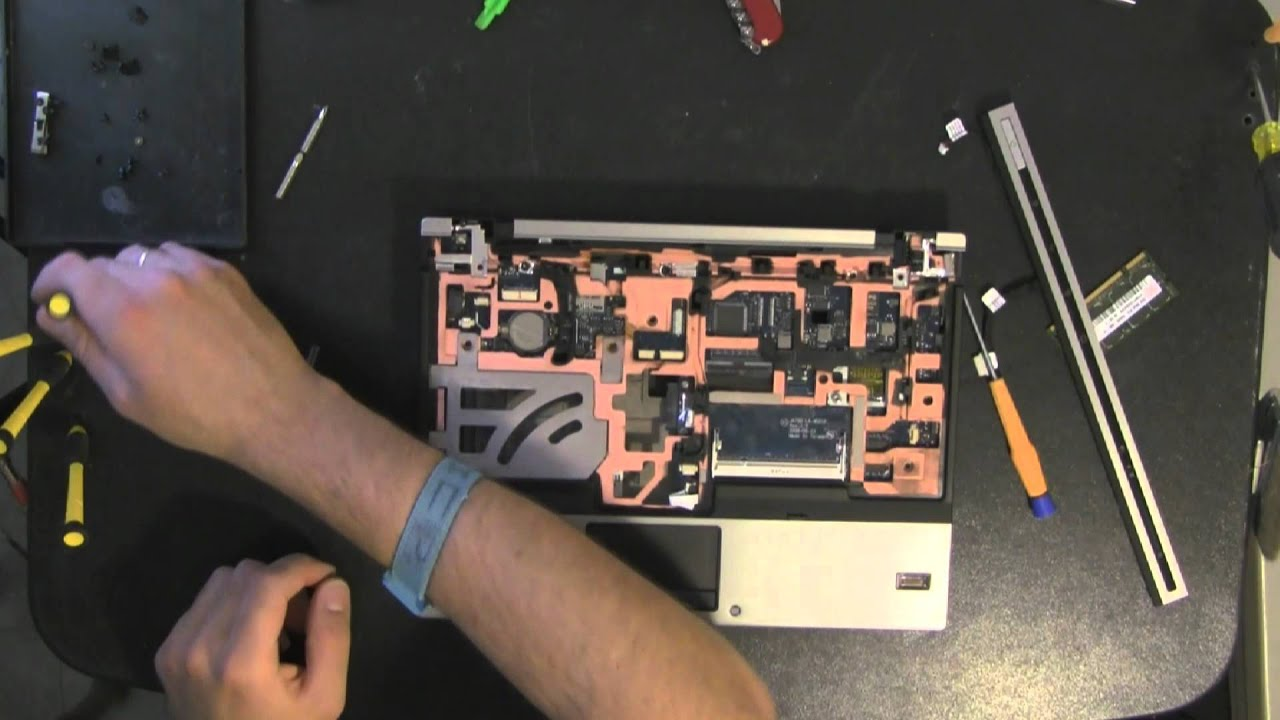 how to clean out a fan on a hp laptop
