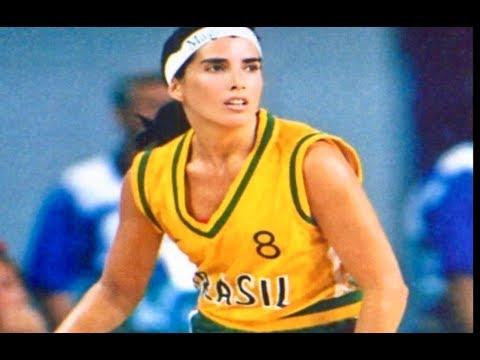 Magic Paula 8 (Female Magic Johnson) The Best Women's Basketball Players of All Time