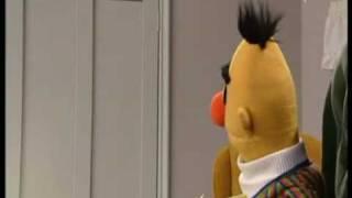 Sesamstrasse - Ernie & Bert - Raus und rein