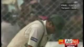 Anil Kumble 10 wicket haul  [ India vs Pakistan, 2nd Test, Delhi, February 4-8, 1999]