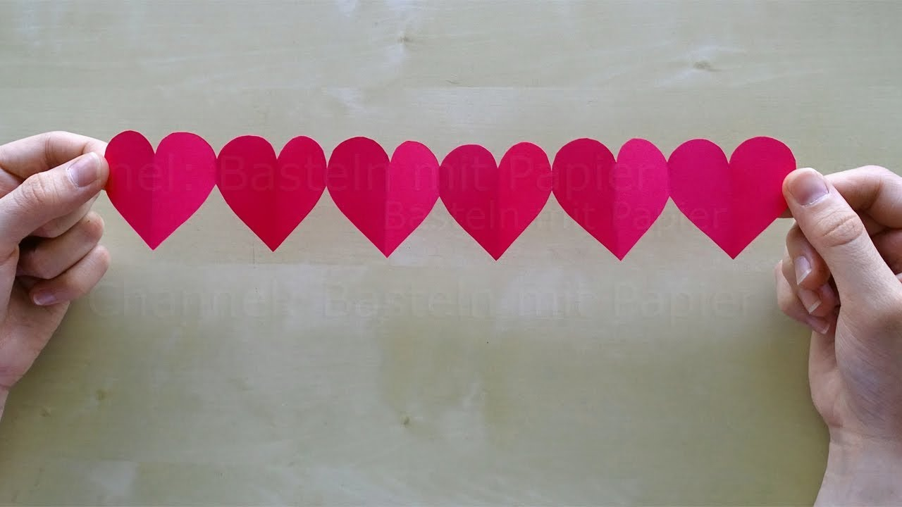 Tutorial For A Paper Heart Garland Mothers Day Craft Idea