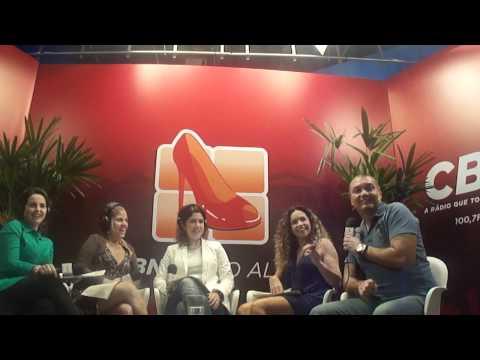Daniela Mercury em programa de radio em salvador