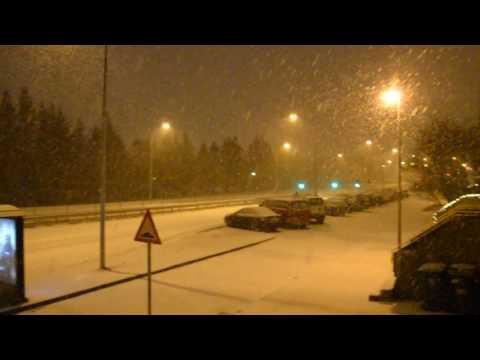 Heavy Snowfall in Reykjavik - 21/12/2016