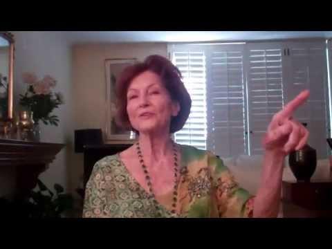 Legendary Extra Sue Casey Interviewed by Scott Feinberg