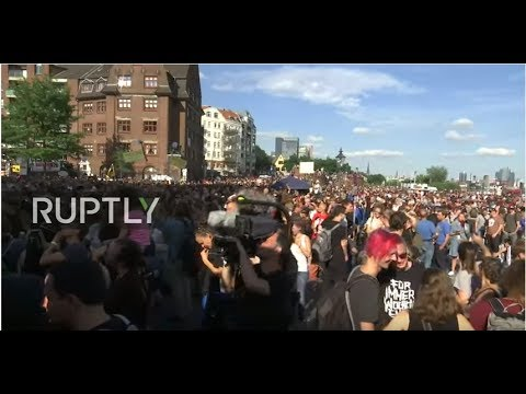 LIVE: 'Welcome to Hell' anti-capitalist demonstration hits Hamburg ahead of G20 Summit