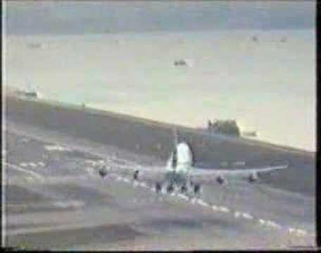 Boeing 747-400 Hard Landing