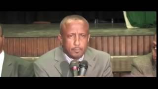 Video Cali seenyo ; OO gabay ku weeraray dowlada somaliland kana hadalay iibka dekada. download MP3, 3GP, MP4, WEBM, AVI, FLV Juni 2018