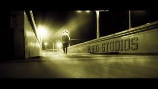 SEBASTIAN MUÑOZ-AMIGO ES DIOS Y EL DINERO (VIDEO OFICIAL)