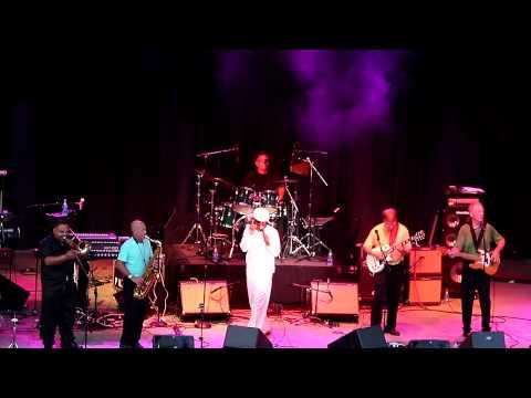 R&B Inc (2014) - Everybody Needs Somebody to Love (Jerry Wexler, Bert Berns, Solomon Burke)