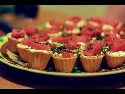 Новогодняя закуска. Тарталетки с красной рыбой.