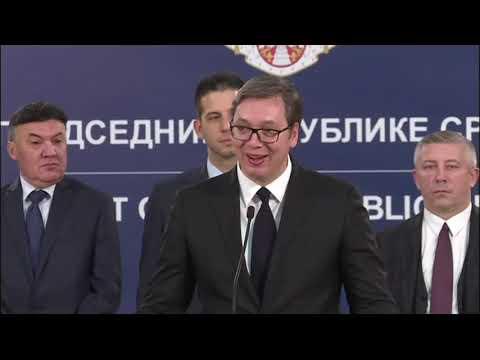 Бойко Борисов: Няма по-добро място от ЕС. Срещите ни винаги са в унисон с основната европейска политика за присъединяване, развитие и просперитет. Четирите ни държави като население и БВП имаме огромен потенциал. Трябва да сме много единни по мигрантския въпрос. Ако нещо може да потопи Балканите, това е този процес.