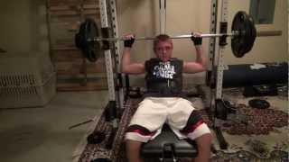 Xavier Fernandez 13 years old Bench Pressing 200lbs