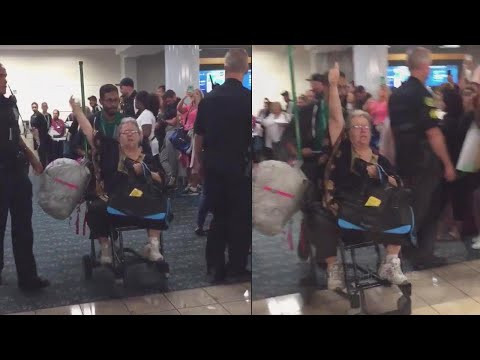 Ken Dashow - 3@3 For Thurs,10/11: Woman Kicked Off Plane W Emotional Support SQUIRREL!