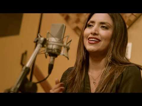 Nicole Pillman - No Me Digas Solterona / Quizás Mañana (Acústico)