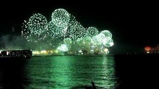 New Year Fireworks 2014 Dubai - Palm Jumeirah