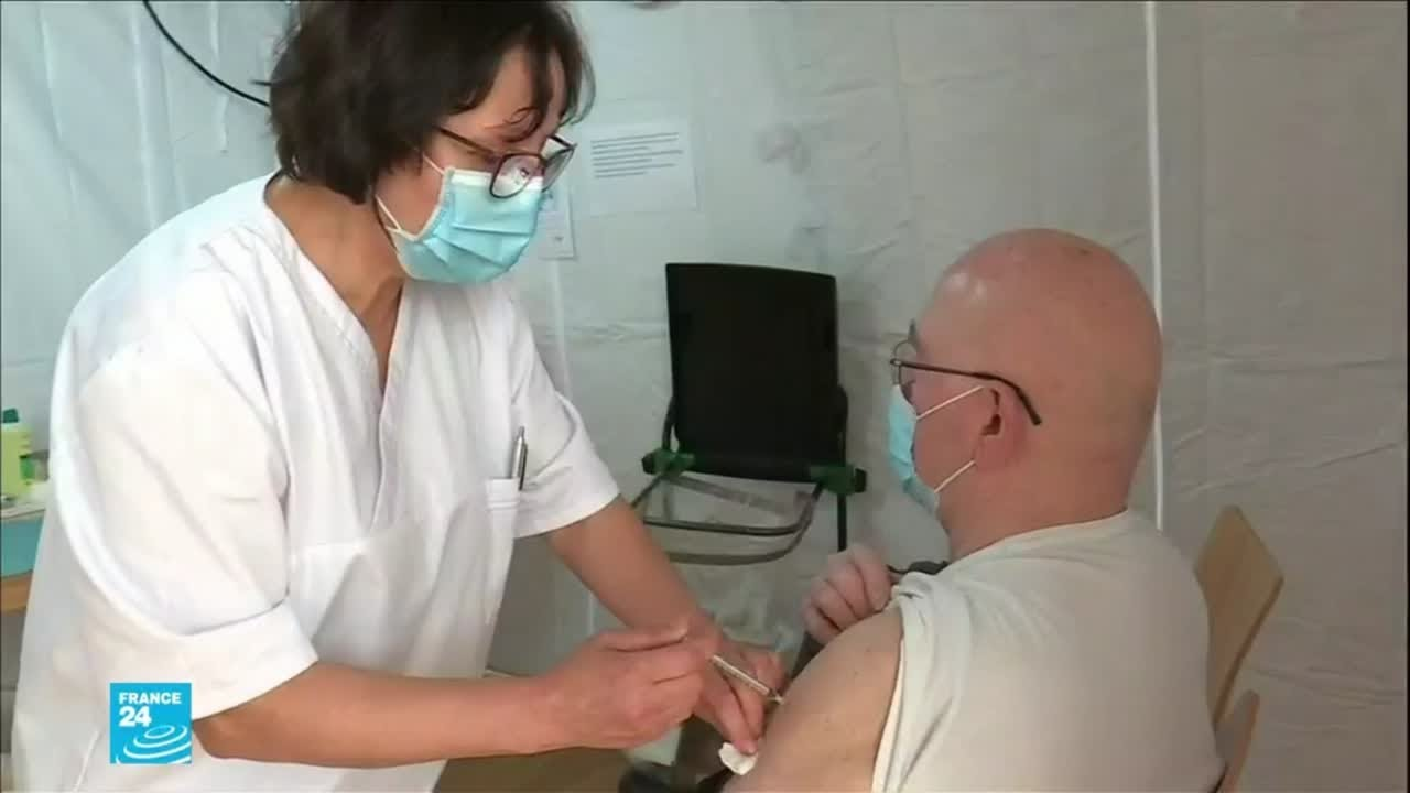 فرنسا تسابق الزمن لتطعيم أكبر عدد من السكان ضد فيروس كورونا  - نشر قبل 7 ساعة