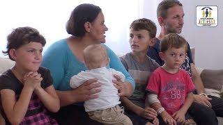JETIMAT E BALLKANIT - Familja 8 anetareshe e Jeton Mehana nga VushtrriA u be me shtepi te re