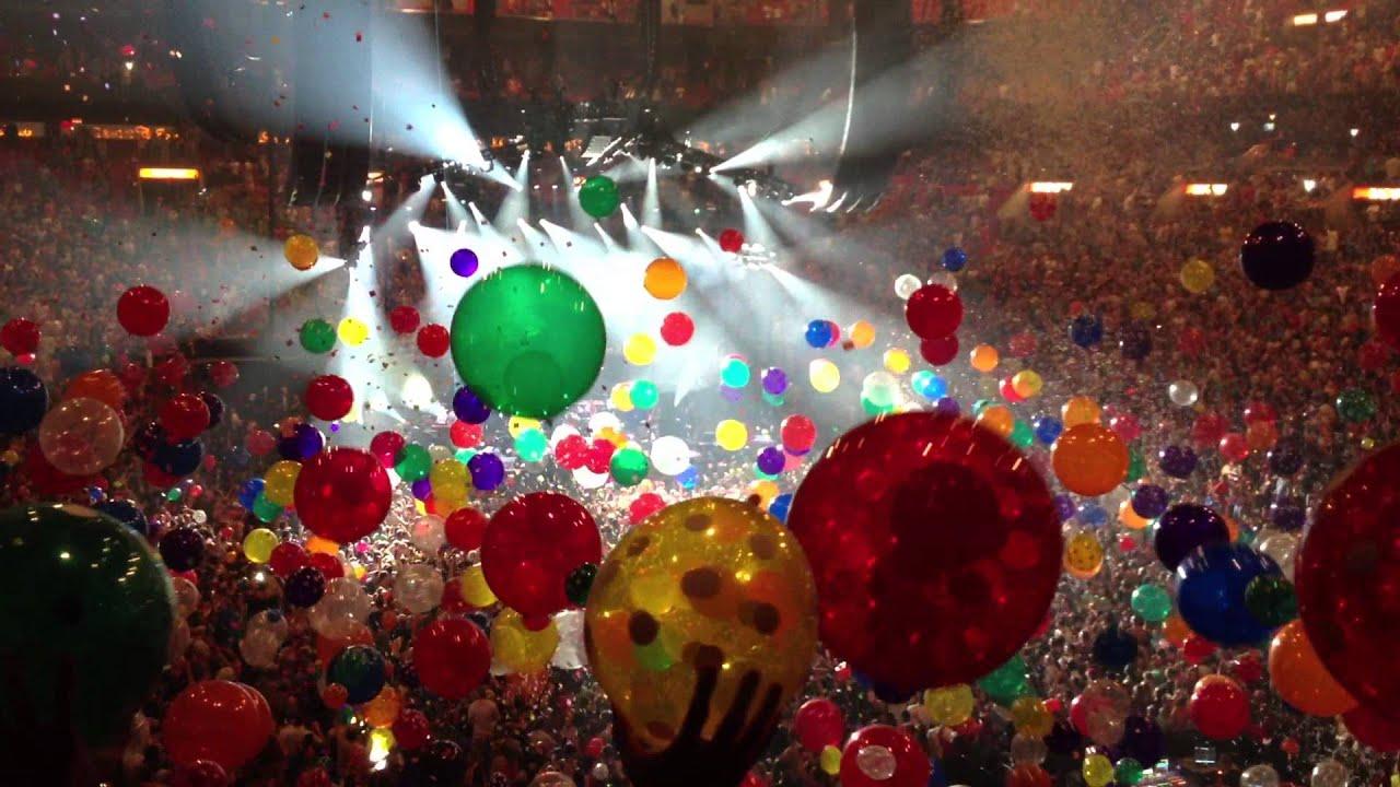 Phish New Year's 2014 Balloon Drop - YouTube