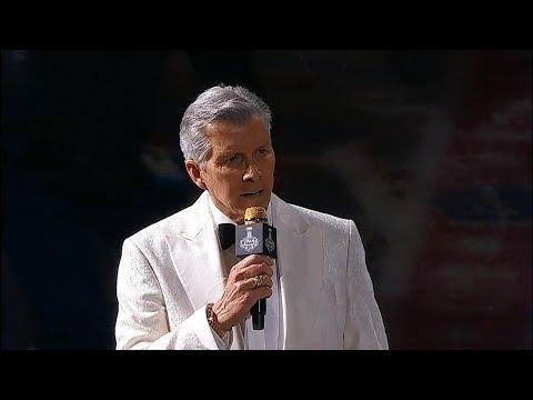 Legendary announcer Michael Buffer duces Golden Knights & Capitals