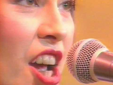 Republica - Bloke (Live in the White Room - First Ever TV Appearance).mpg
